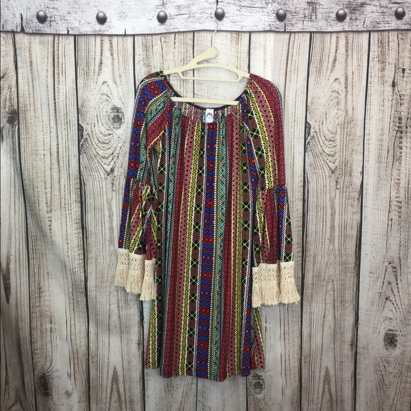 2 B Together Dresses & Skirts - 2 B Together BOHO Style Off Shoulder Dress Small